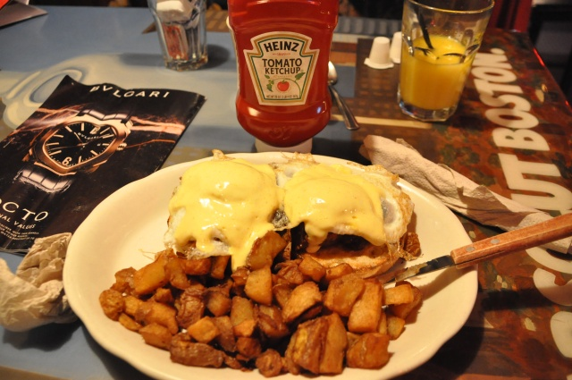 Eggs Benedict with sirloin tips hiding under the eggs. 7:30am