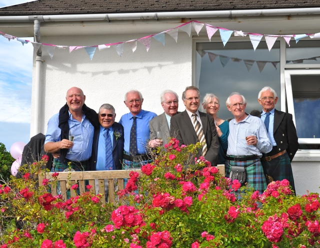 Me, Cousin Duncan, Cousin Donald,Brother Ian,Cousin Donald,Cousin David, Sister Rosy,Brother Alan,Cosin Bobby!,