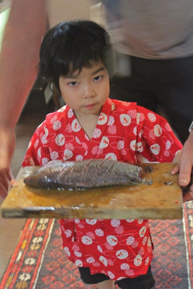 Kanoko Daisensei also cooks fish